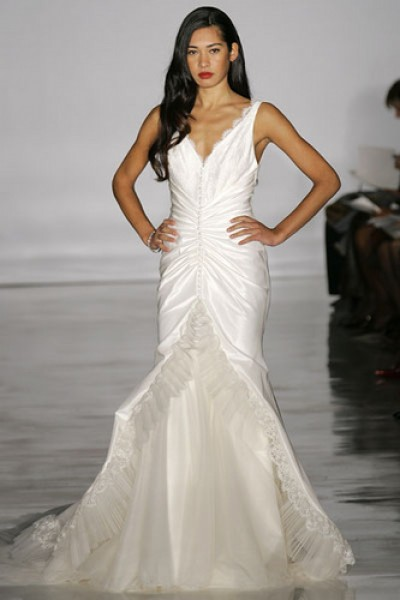 mermaid wedding gown with v-neck