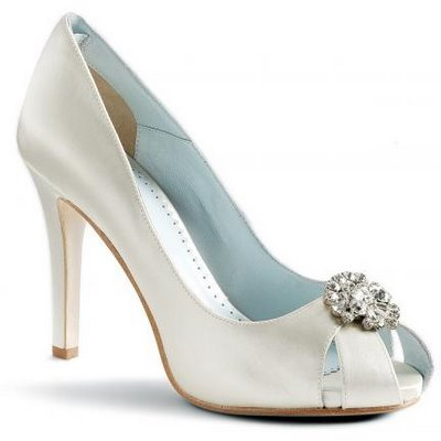 white wedding shoes | CherryMarry