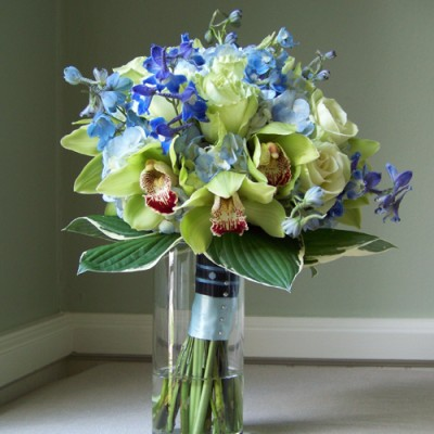 blue and green wedding bouquets