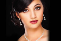 earrings and necklace bridal accessories