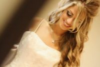 wedding hairstyles half up for blond hair