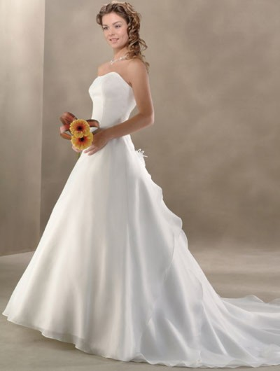 white a-line wedding dress