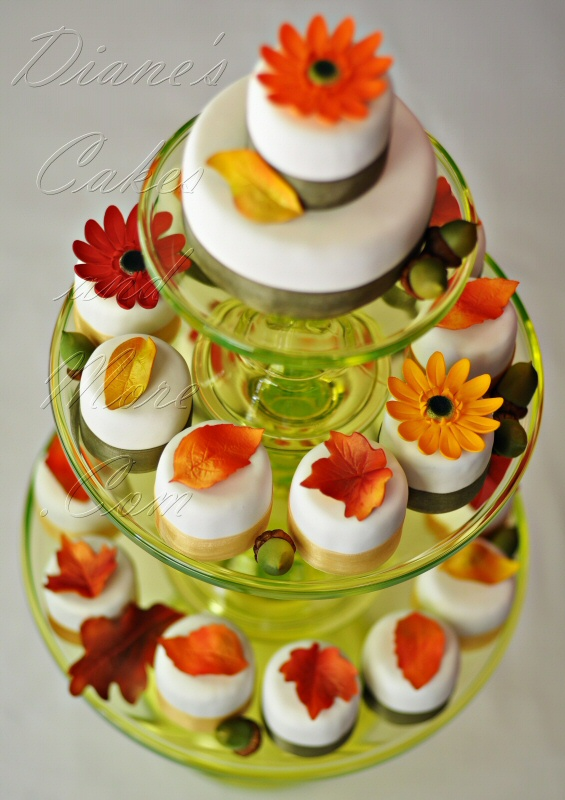 fall mini fall wedding cakes