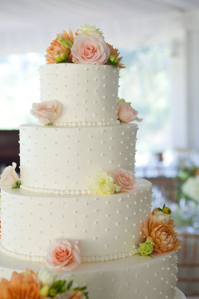 white pink spring wedding cake
