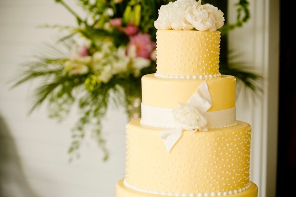 yellow elegant garden round wedding cakes