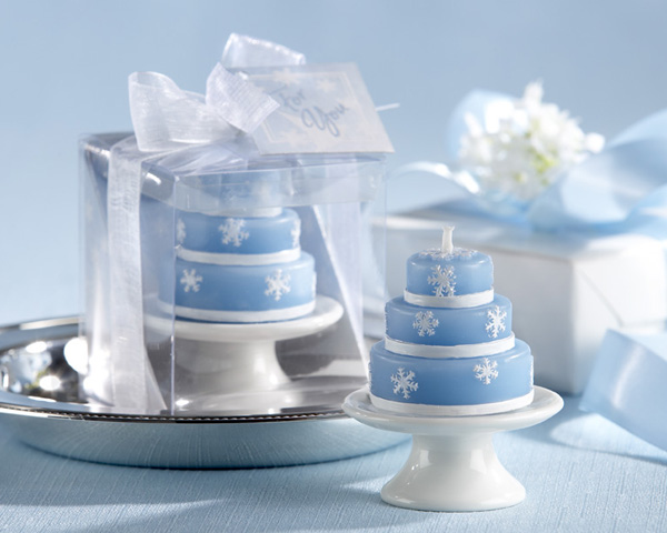 snowflake cake candle favors