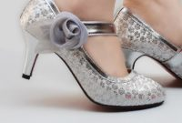 elegant silver bridal shoes