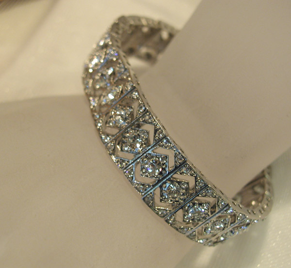 beautiful bridal bracelet