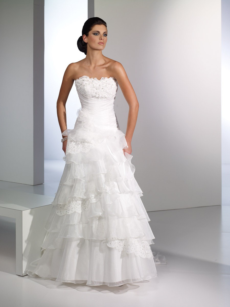 The white wedding dress cherry marry for Wedding dresses that are white