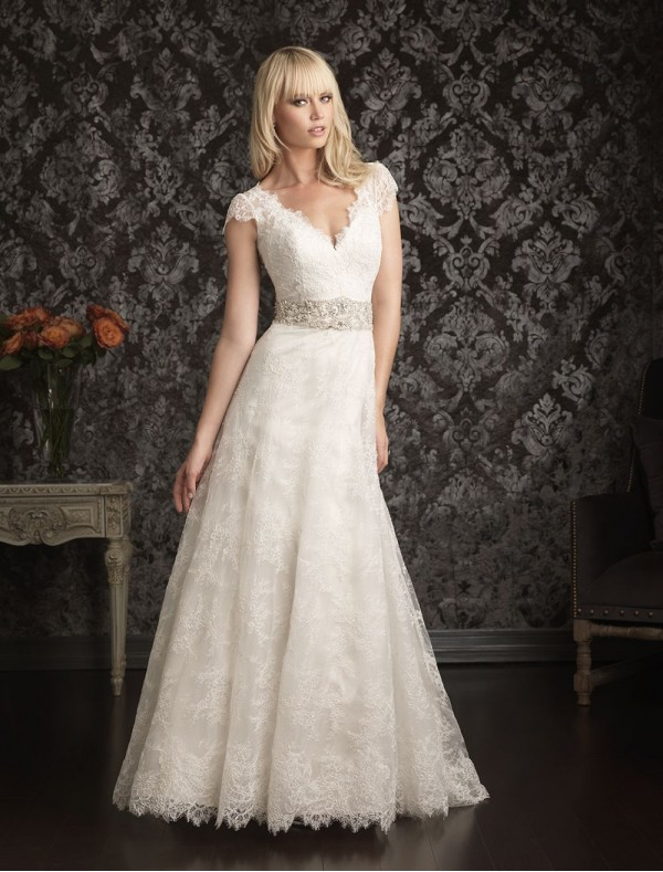 lace a-line wedding dress | Cherry Marry