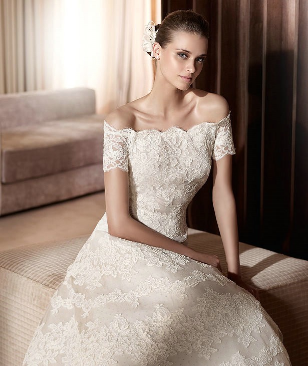 vintage lace off the shoulder wedding dress