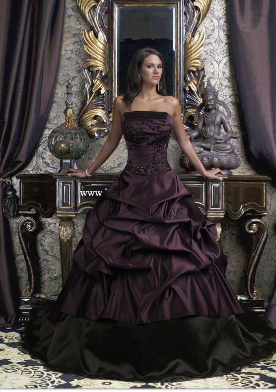 Strapless dark purple wedding dress with ball gowncherry for Wedding dresses with purple trim