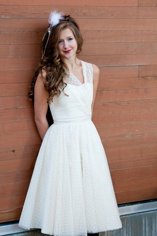 vintage short a-line lace wedding dress