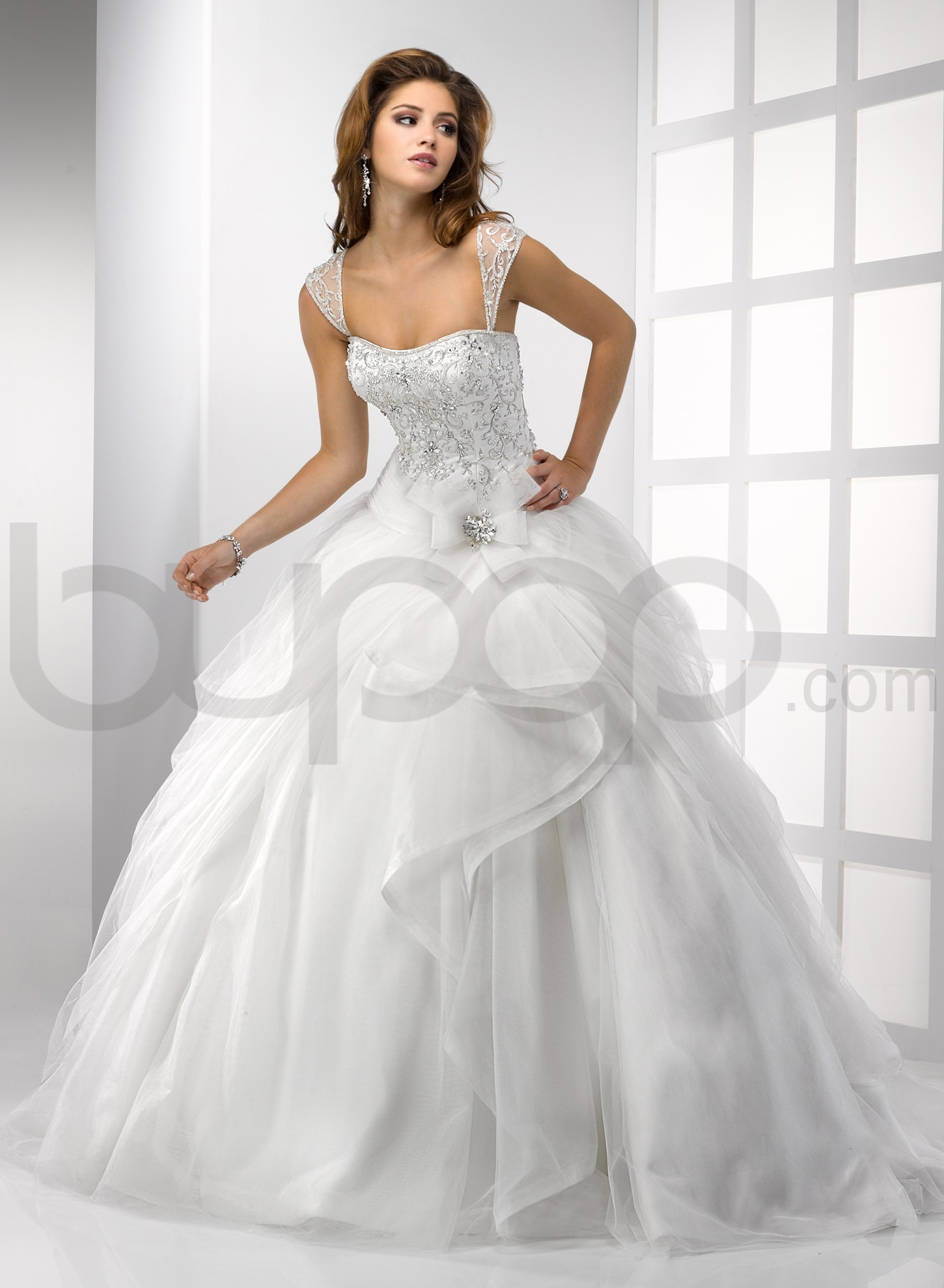 Beautiful ball gown wedding dresses designed with cap for Pretty ball gown wedding dresses