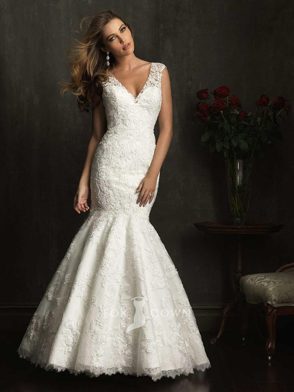 mermaid v-neckline wedding dress with lace sleeves