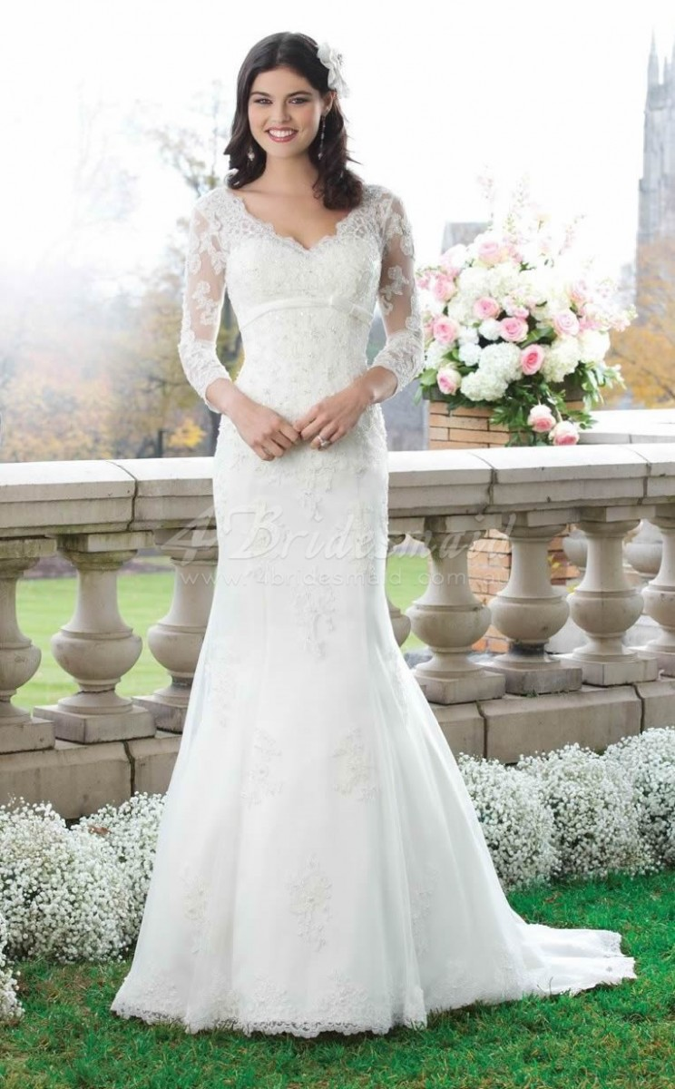 mermaid wedding dress with 3 per 4 sleeves