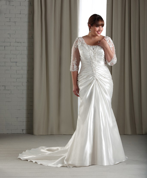 plus size mermaid wedding dress with lace sleeves