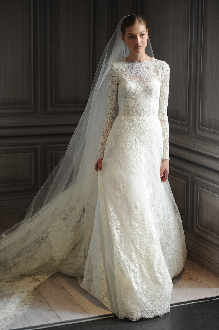 Monique lhuillier lace wedding dress with long sleeves and for Long veil wedding dresses