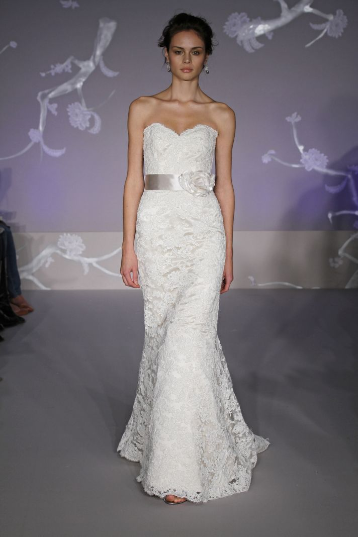 vera wang lace mermaid wedding dresses