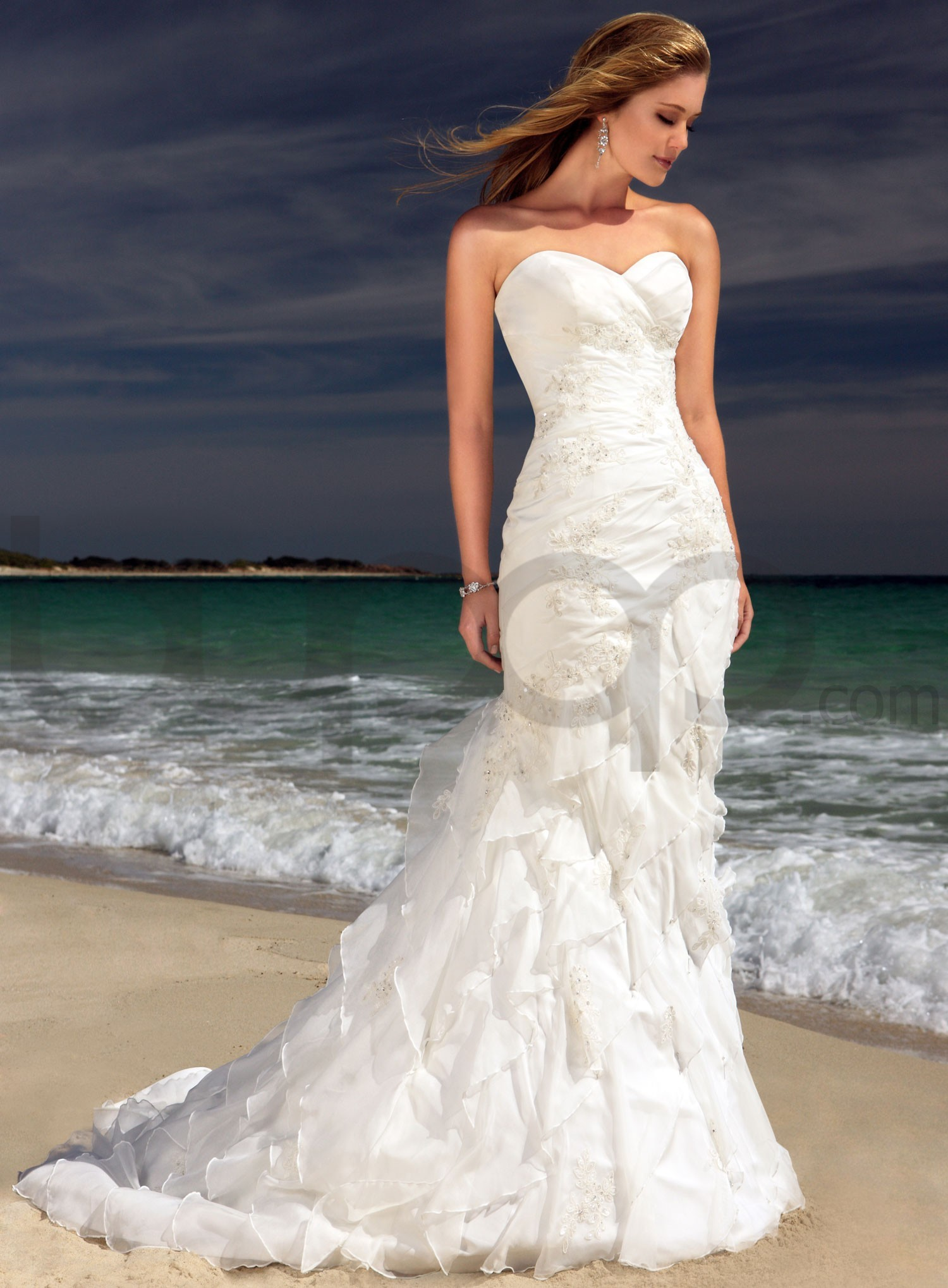 White Strapless Sweetheart Mermaid Wedding Dress With