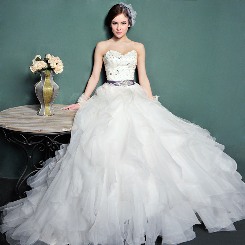 vintage ball gown wedding dress 1980 with sweetheart necklineCherry ...