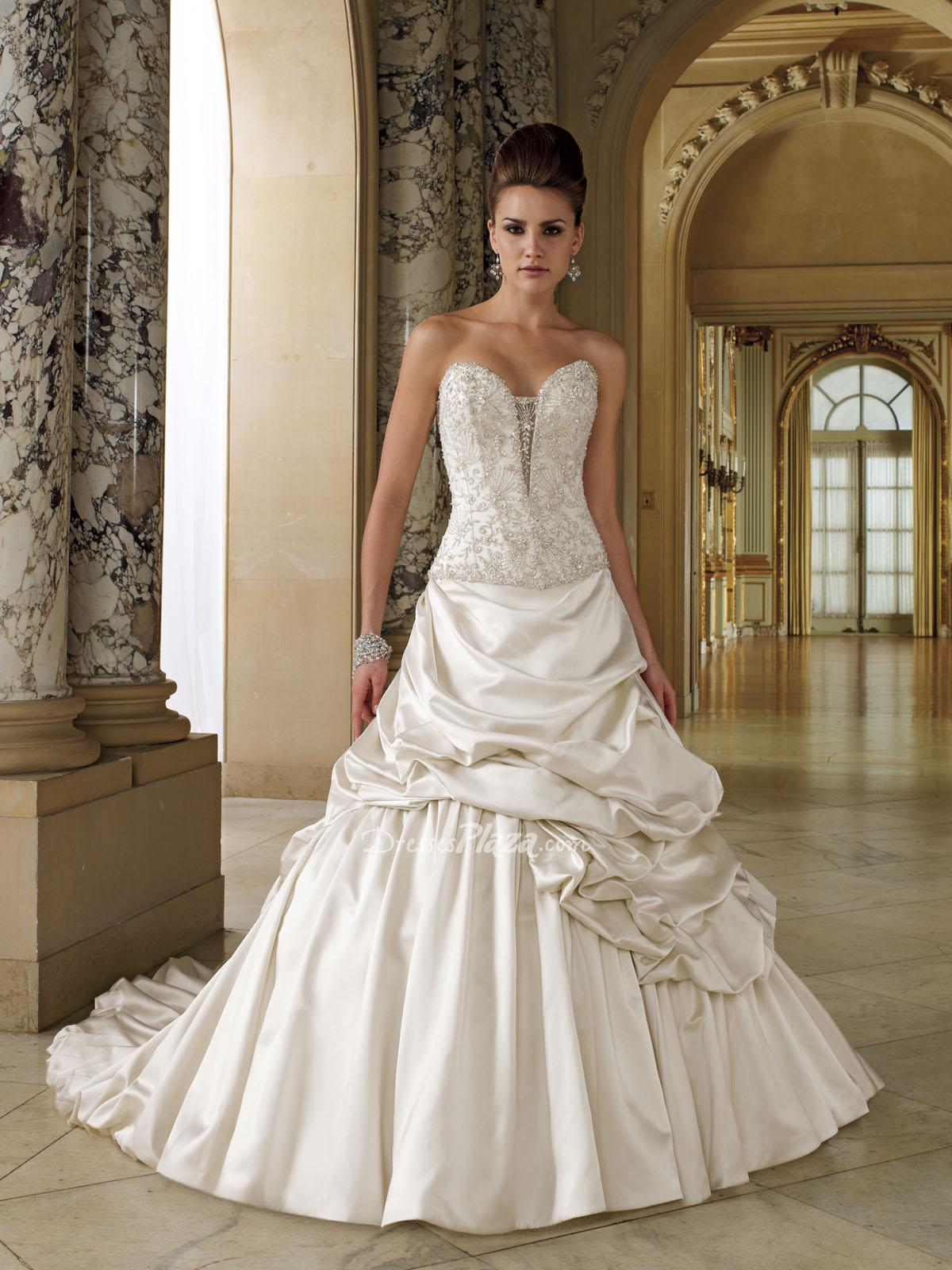 Satin sweetheart strapless lace up ball gown wedding for Sweetheart halter wedding dress