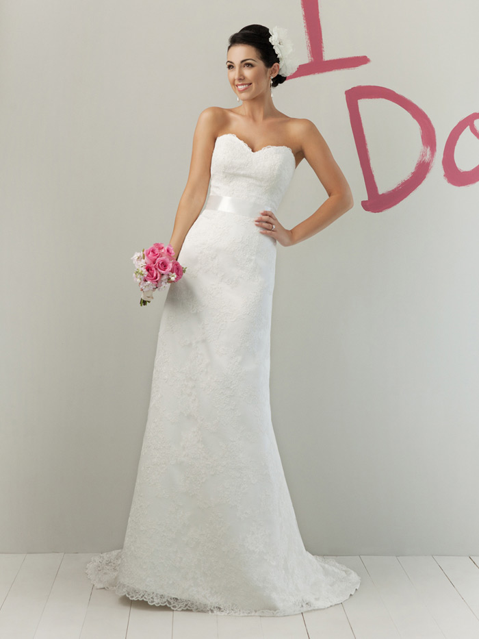sweetheart strapless lace spring white wedding dressCherry ...
