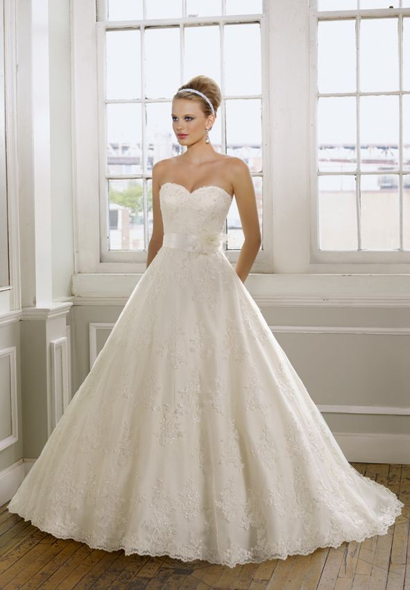 sweetheart strapless lace wedding dress with a line
