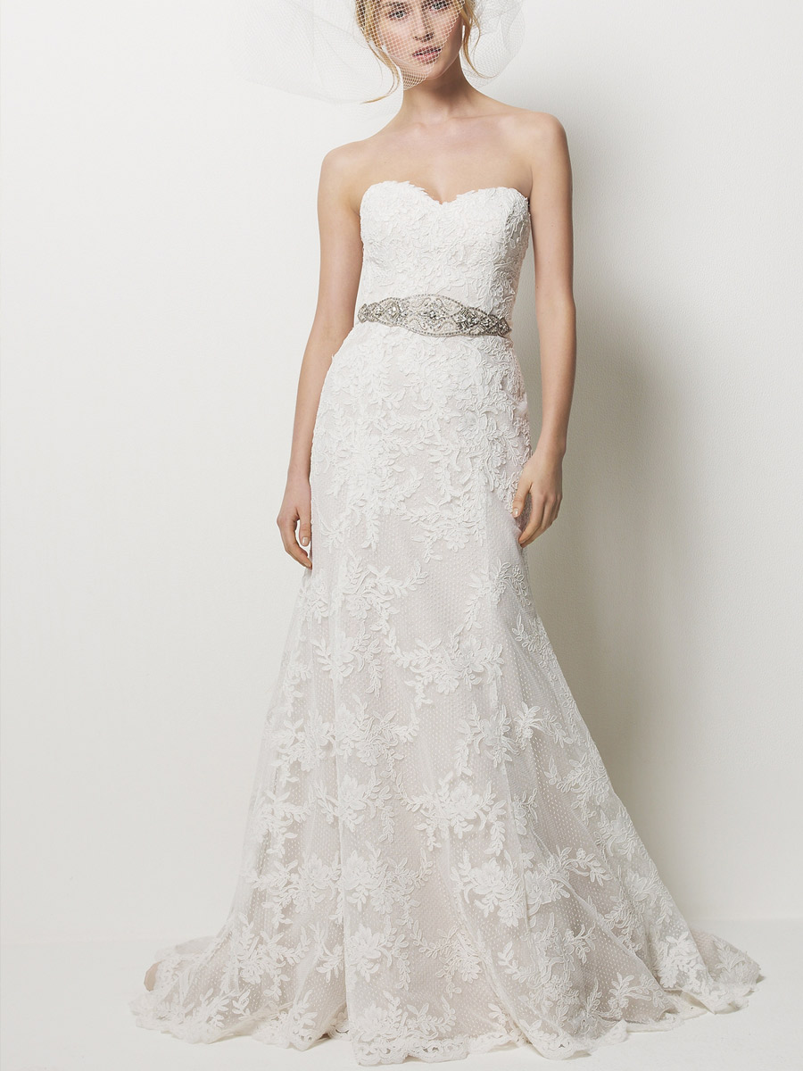 A stunning collection of sweetheart strapless lace wedding for Lacy wedding dresses