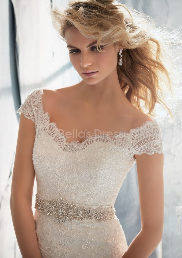vintage lace off the shoulder wedding dress with court train