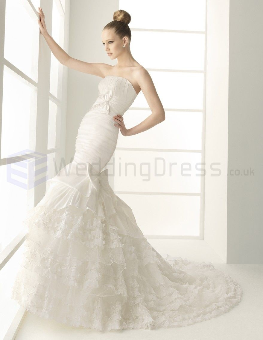 lace corset strapless mermaid wedding dress with chapel train
