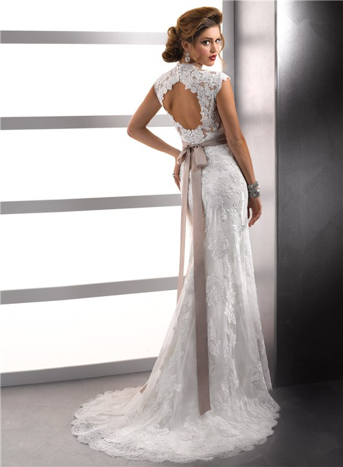 Classy look with vintage lace wedding dresses with open for Lace wedding dresses open back