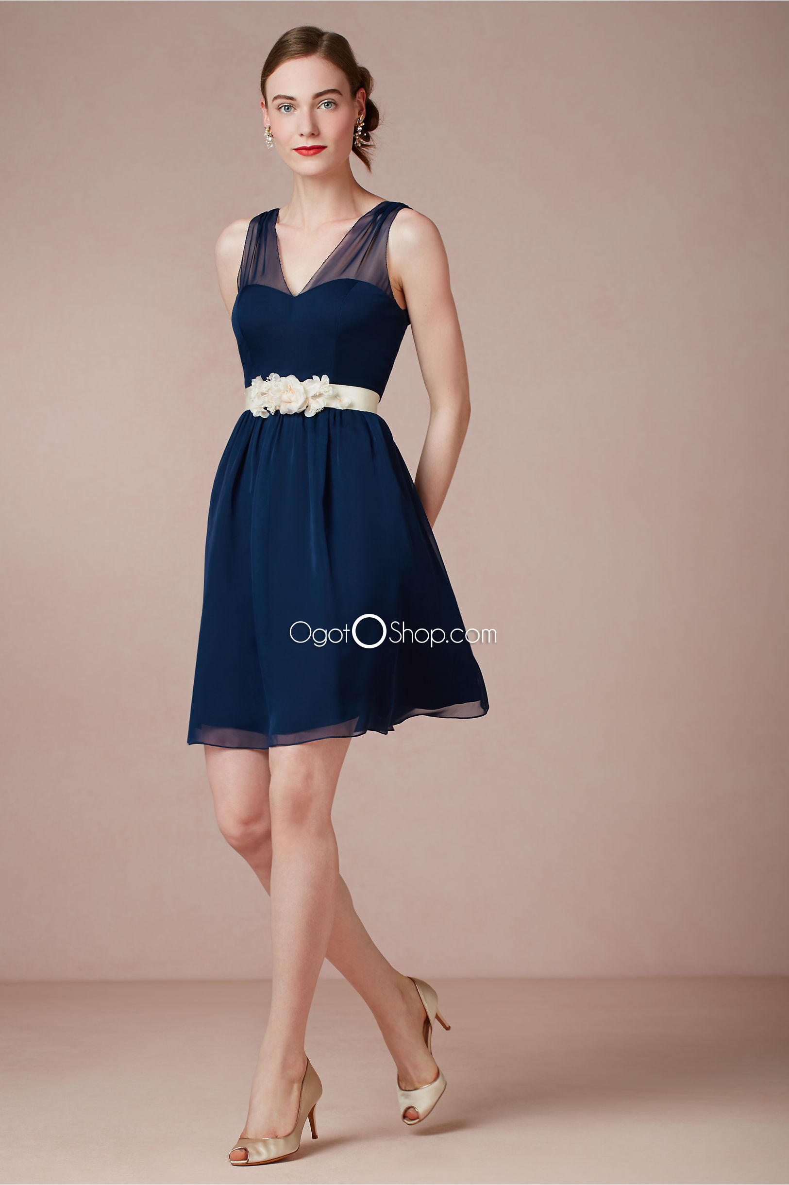 Gorgeous navy blue bridesmaid dresses to inspire you for Navy dresses for weddings