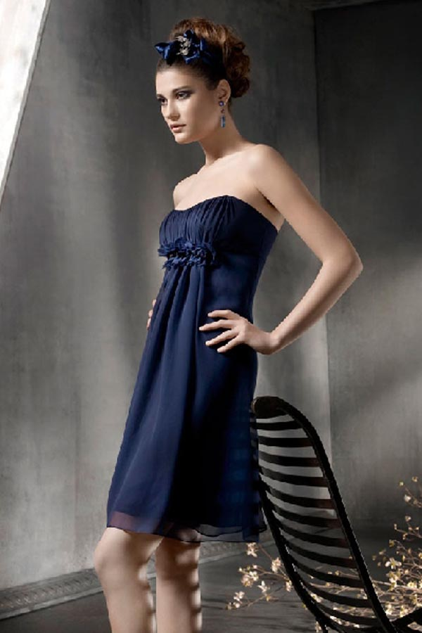 navy blue short chiffon bridesmaid dress with strapless neckline