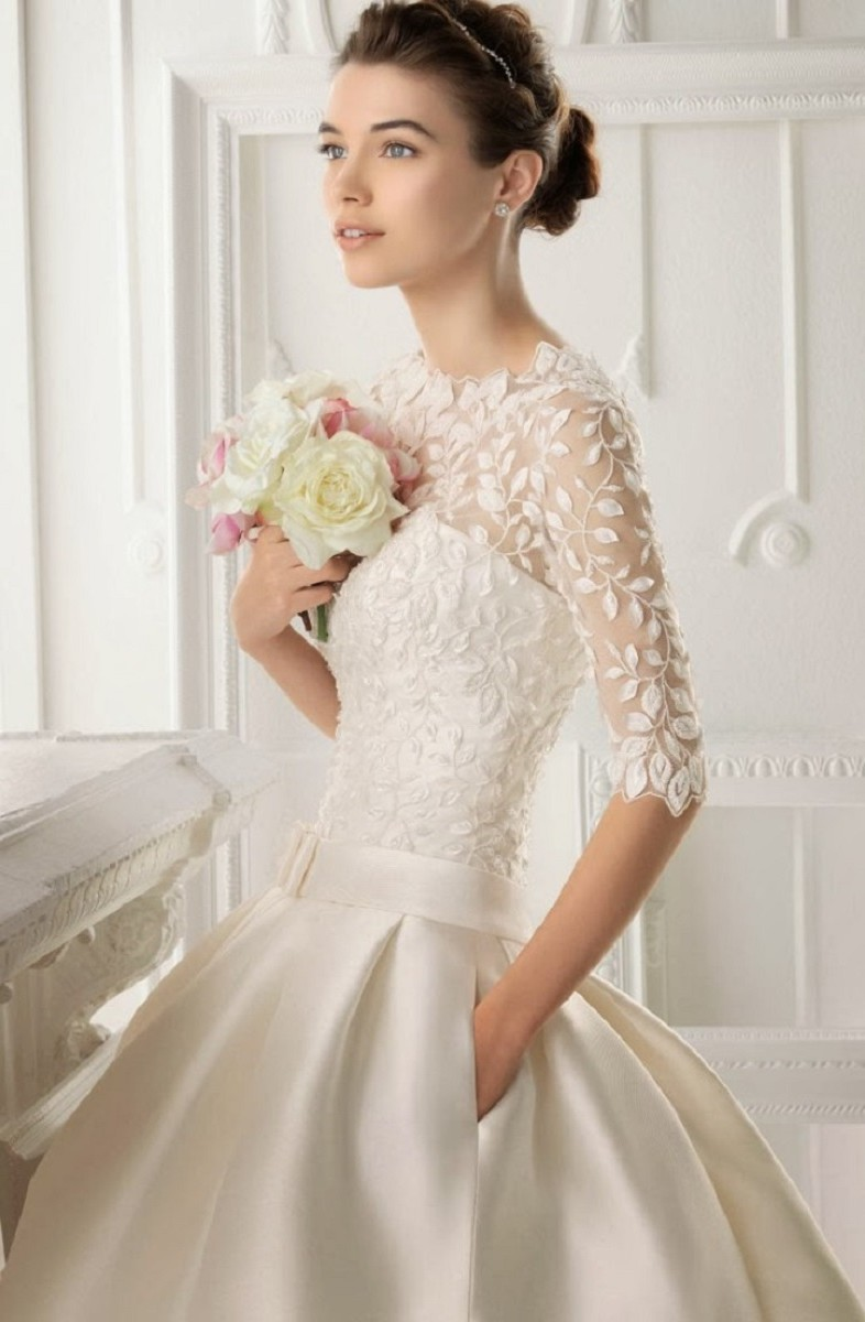 ball gown wedding dress with 3 per 4 sleeves