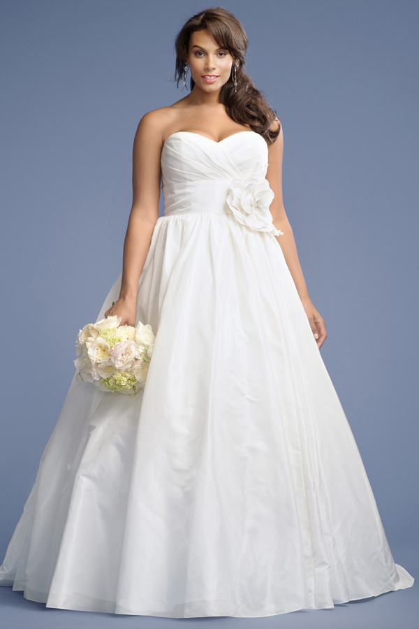 Simple Plus Size Wedding Dress With Sweetheart Necklinecherry Marry