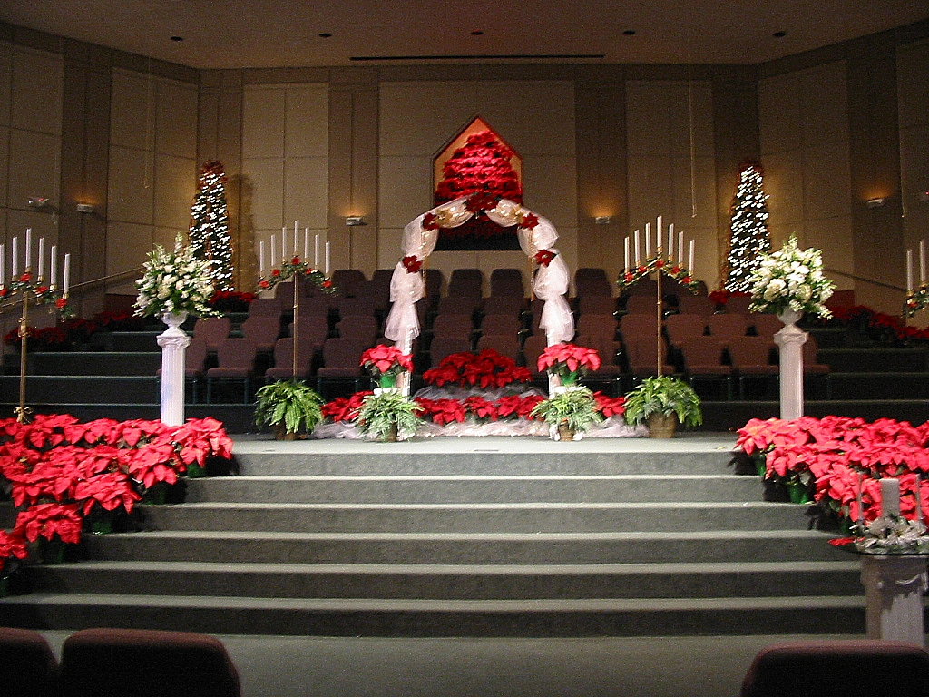 christmas wedding ceremony decorations