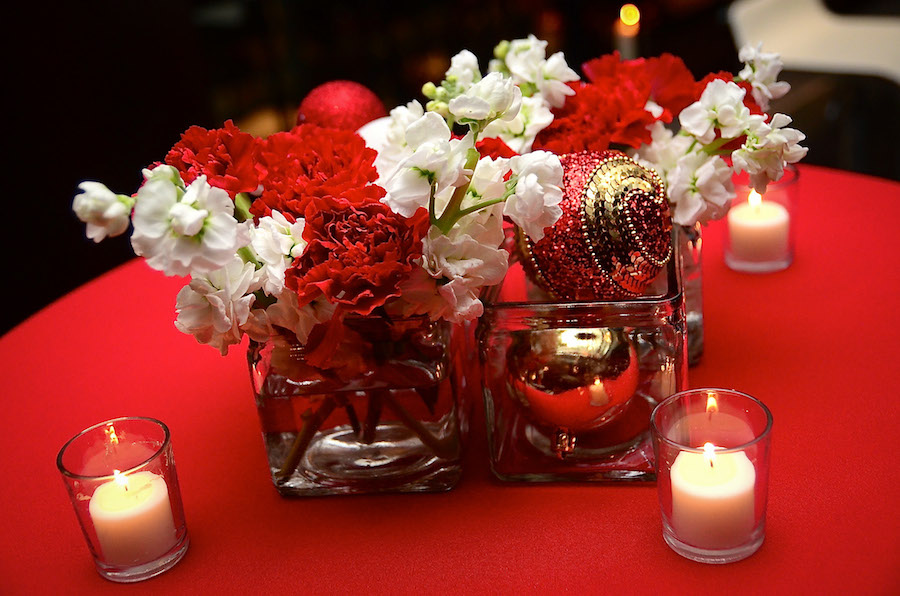 red and gold christmas wedding decorations