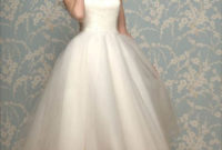 1950s vintage tea length wedding dress with short sleeves