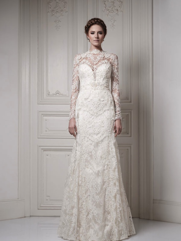 lace long wedding dress with long sleeves