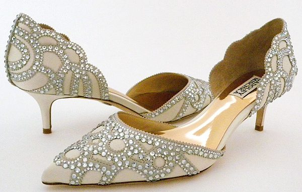 badgley mischka ivory wedding shoes for bride