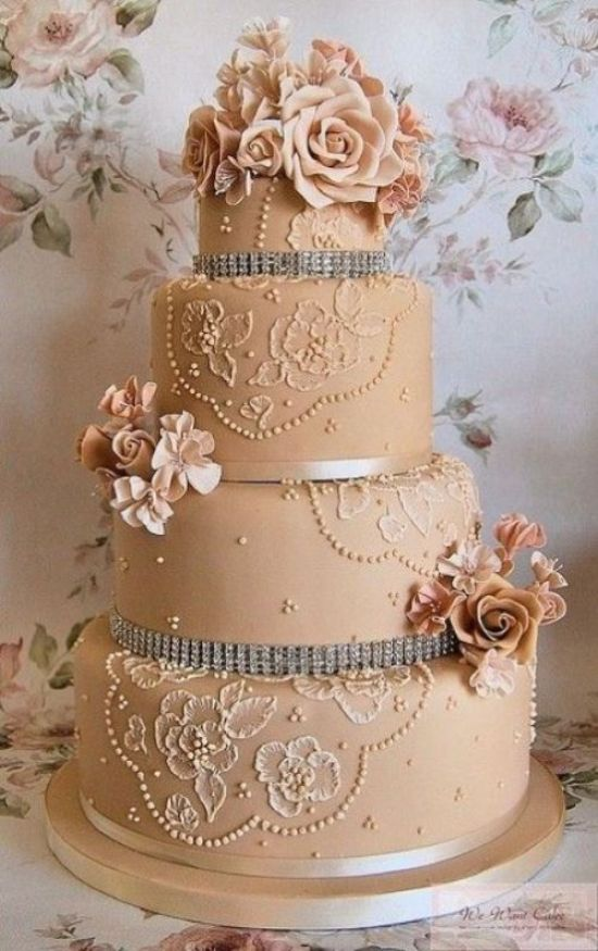 Vintage Dreamed Wedding Cake With Floral Patterns