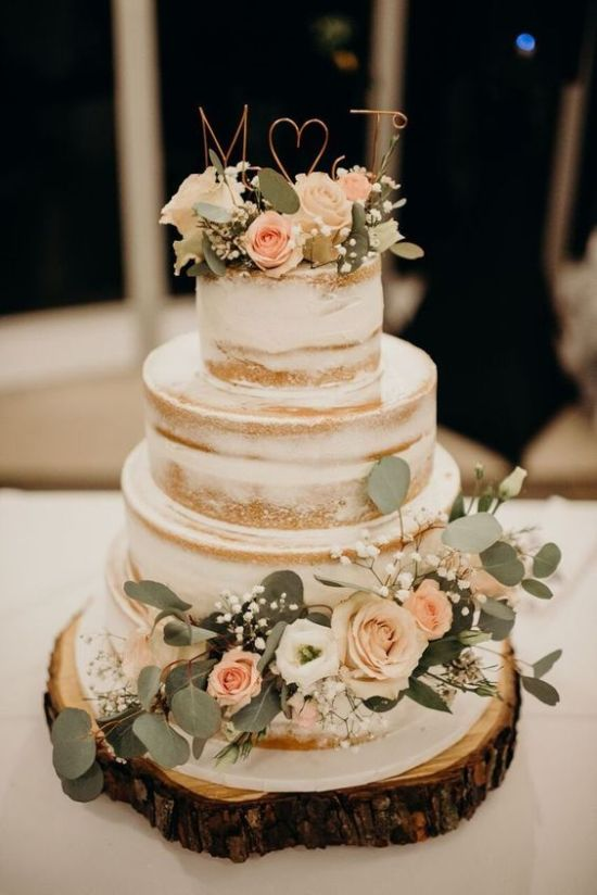 Vintage Wedding Cake With Blush Blooms