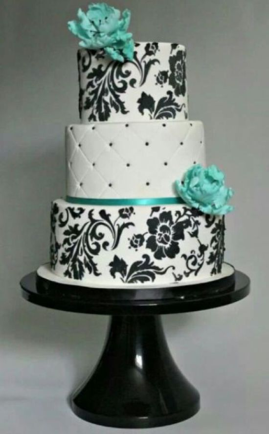 Black And White Tiffany Wedding Cake Décor With Beads And Floral Patterns