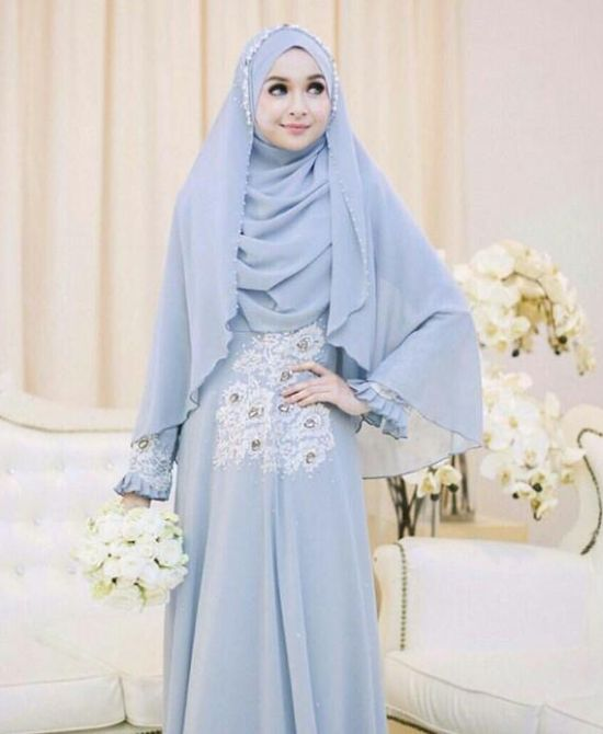 Islamic Blue Wedding Dress With Simple Details