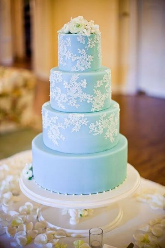 Tiffany Blue Wedding Cake Décor With White Lace Patterns