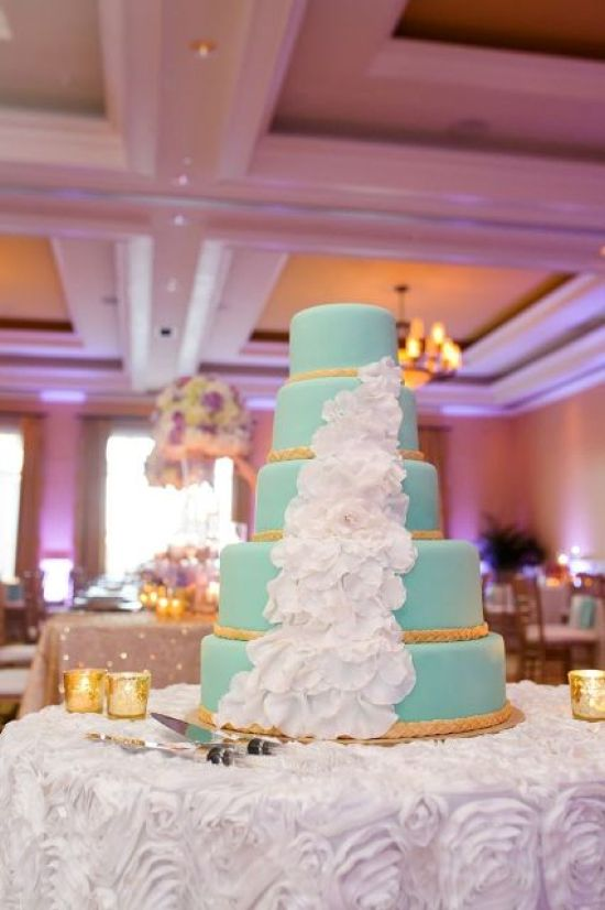 Tiffany Blue Wedding Cake Decor With Ropes