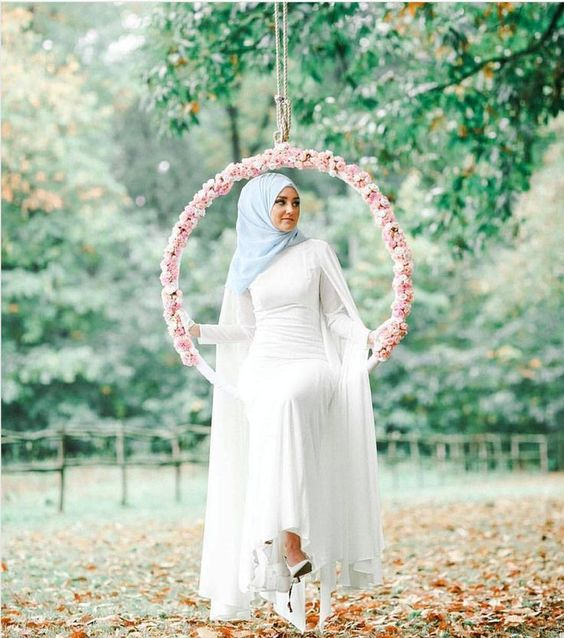 Simple White Muslim Wedding Dress With Vintage Style