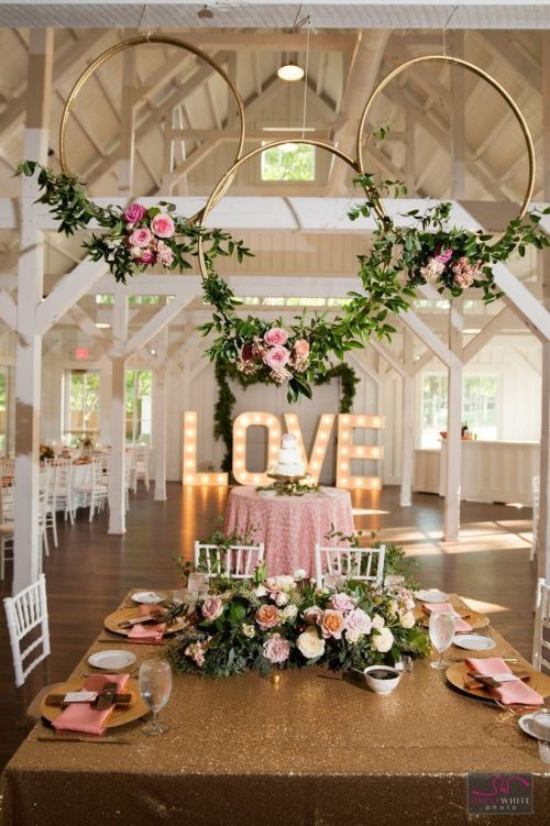 Simple Wedding Decoration With Rattan Circles