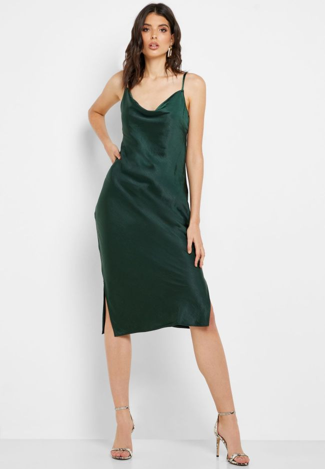 Knee Length Emerald Green Bridesmaid Dress With Straps